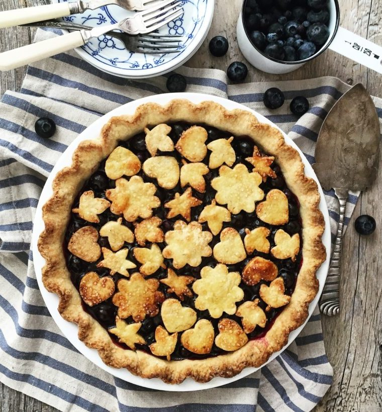 Fresh Blueberry Pie with a Lavender Crust