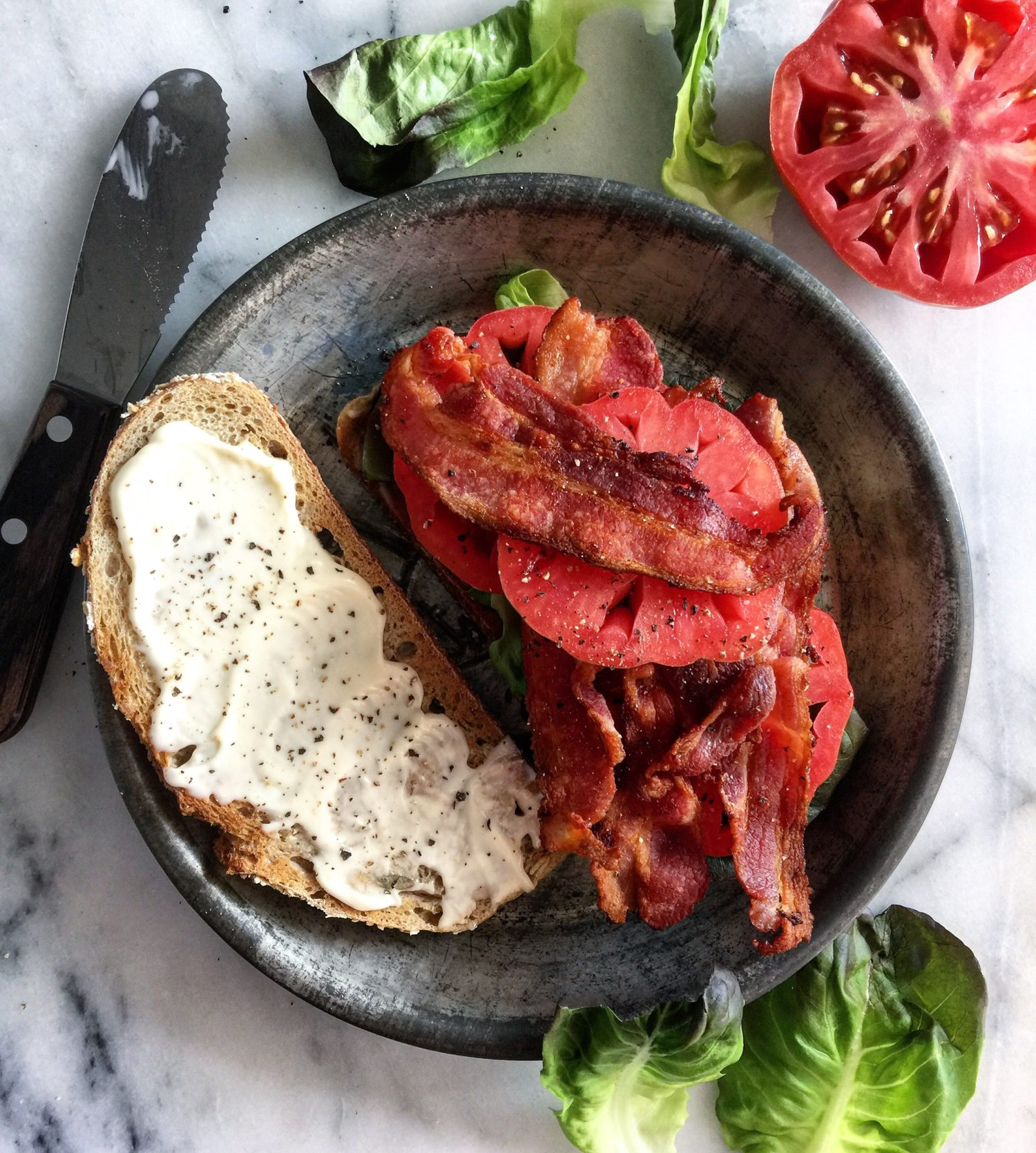 BLT bacon lettuce and tomato sandwich