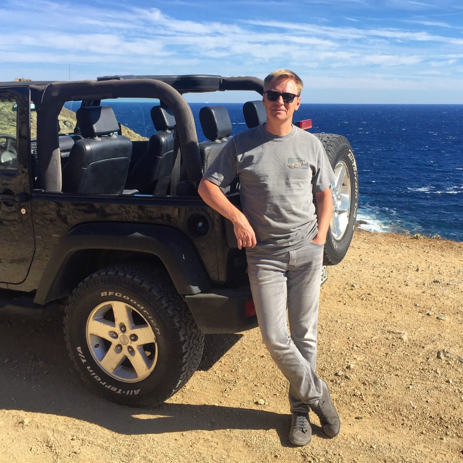 Jim and the Jeep, Mykonos