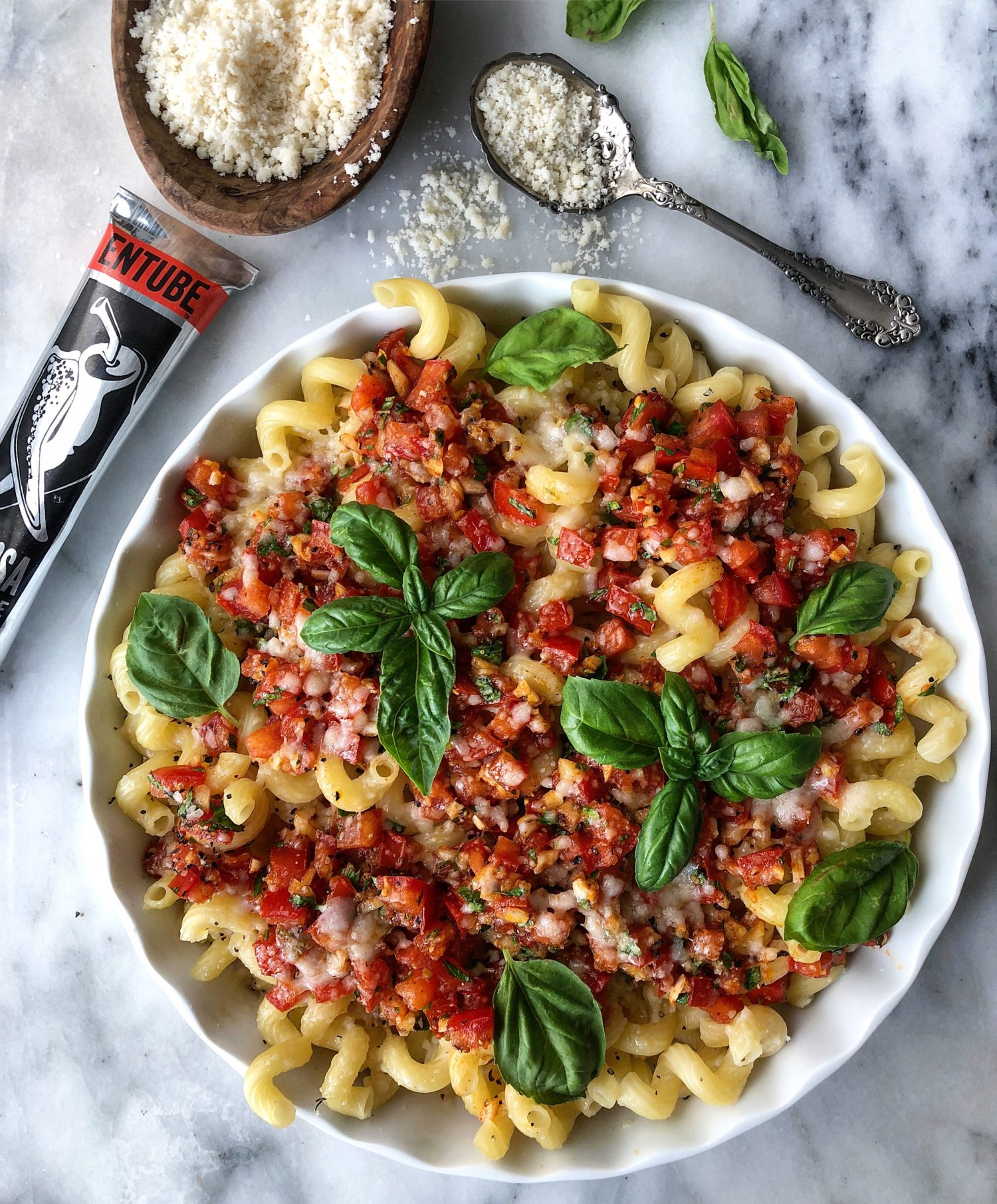 Harissa Bruschetta pasta, easy summer no cook sauce