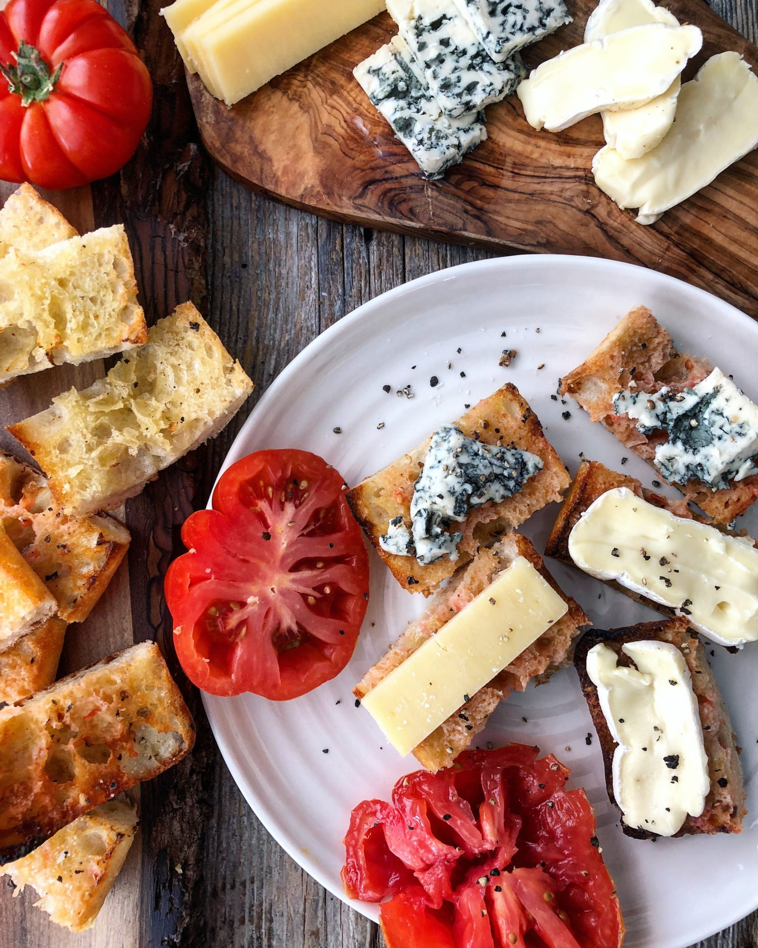Grilled Ciabatta with Tomato and cheeses, pan con tomate