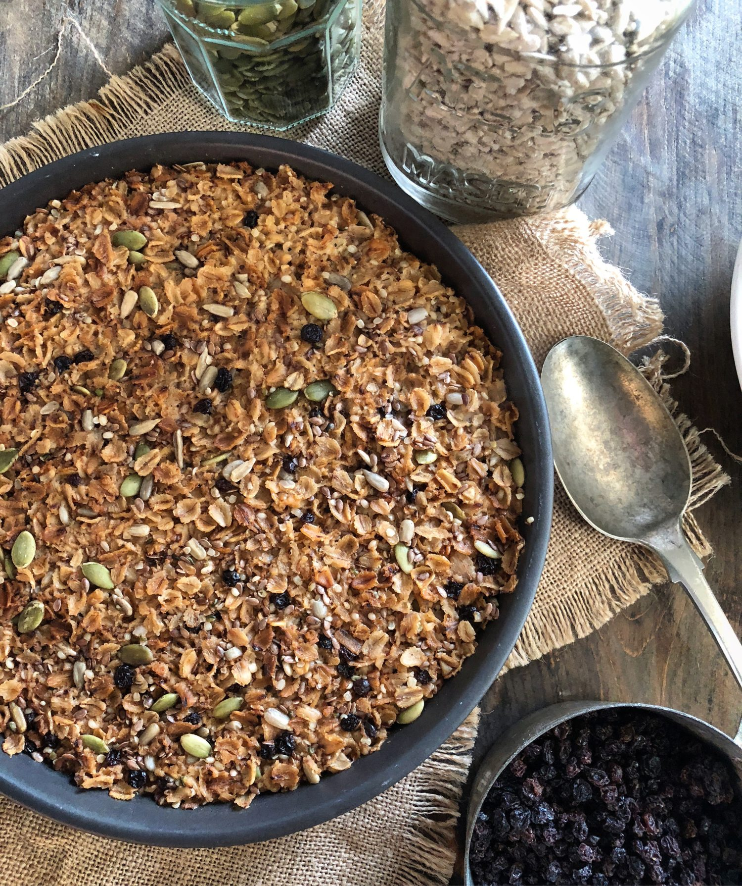 Toasted nutty seed and dried currant baked oatmeal