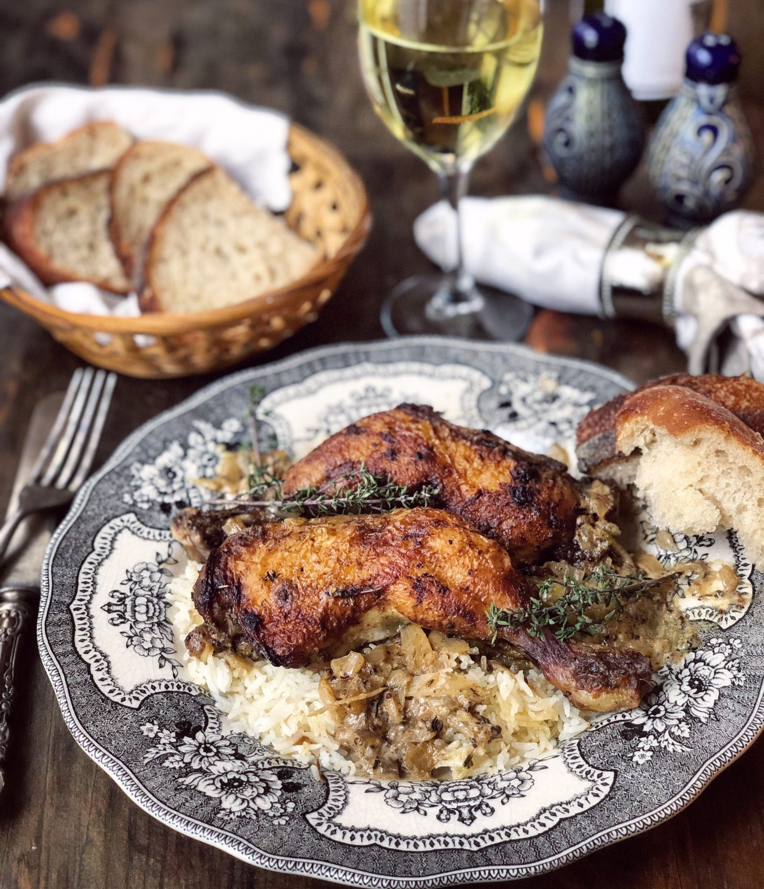 Juicy chicken a la moutarde, wine and mustard sauce