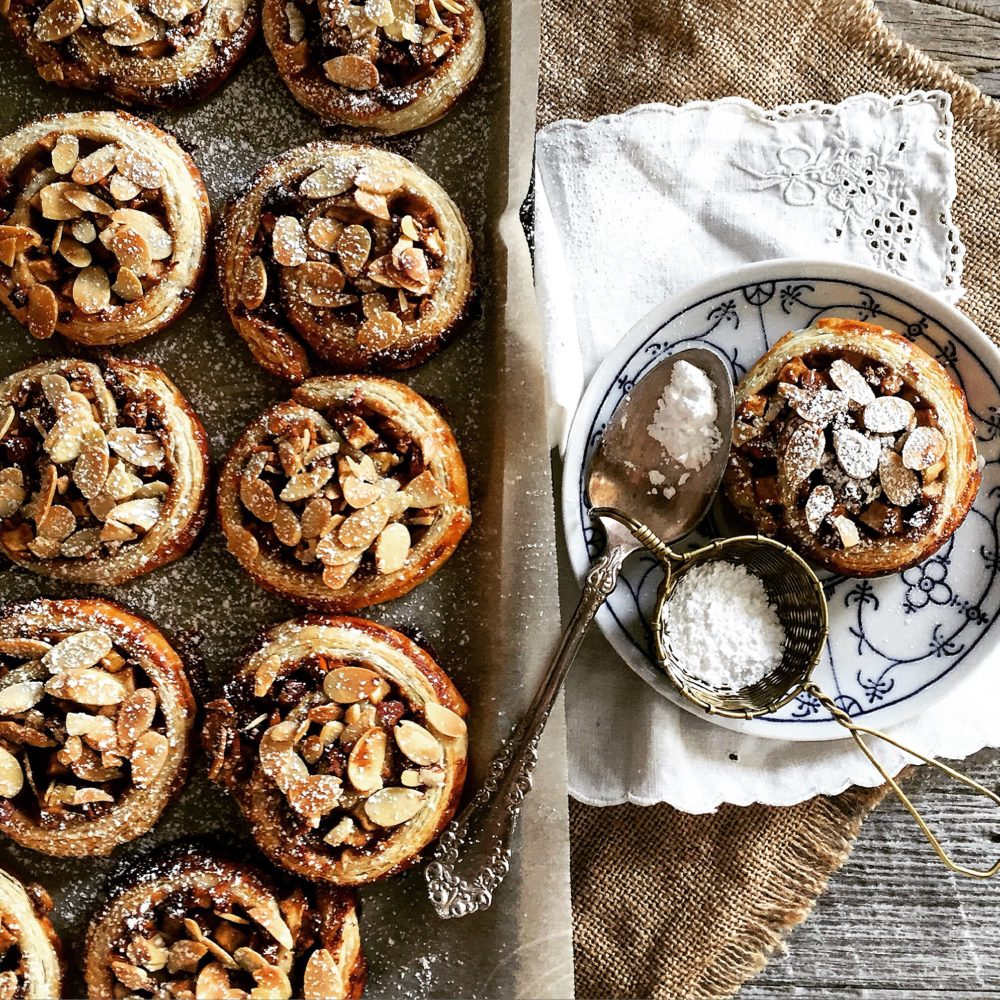 Apple and Almond Pastries