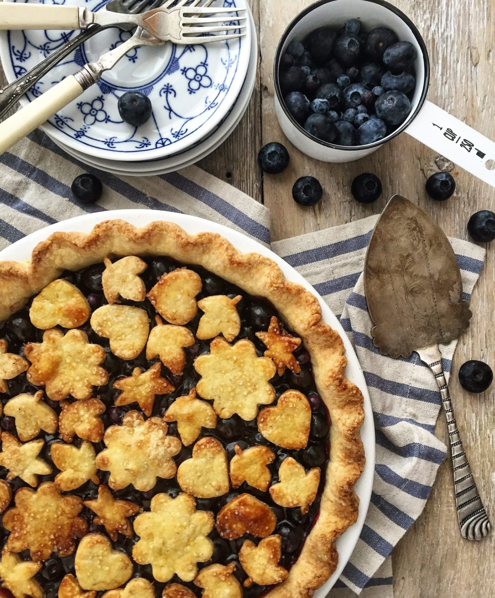 fresh blueberry pie with lavender crust